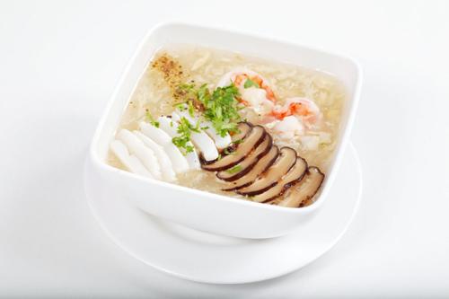 Chế độ ăn giúp người sốt xuất huyết nhanh khỏe 1