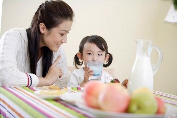 Những thực phẩm bổ sung trí thông minh cho con trẻ mùa tựu trường 2