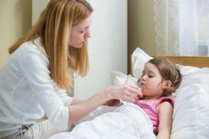 tiến triển bệnh sốt ở trẻ