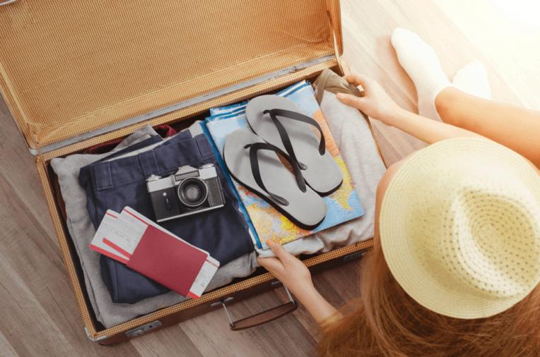 chuẩn bị vật dụng đi du lịch