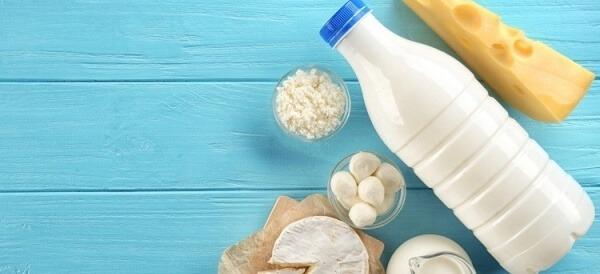 đau răng nên ăn các sản phẩm từ sữa