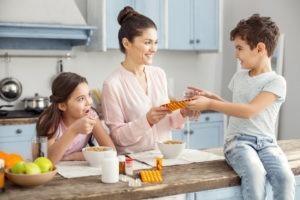 tủ thuốc gia đình cần có gì