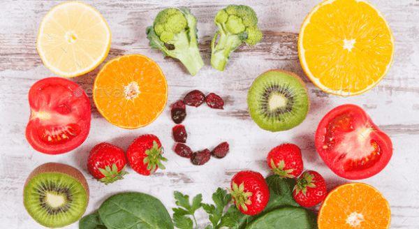 Vitamin C đóng vai trò tăng cường hệ miễn dịch, rất có lợi khi cơ thể đang bị cảm cúm