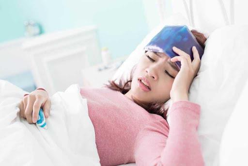 triệu chứng bệnh sốt xuất huyết