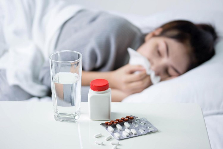 Người bị cảm cúm nên làm gì?