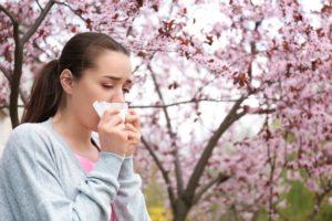 chảy nước mũi và cách điều trị