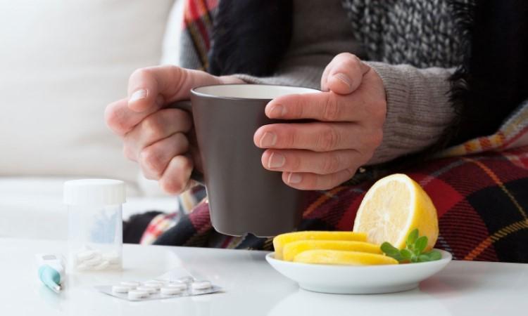 Sử dụng thuốc kháng virus sẽ giúp bạn đối phó với cơn cảm cúm.