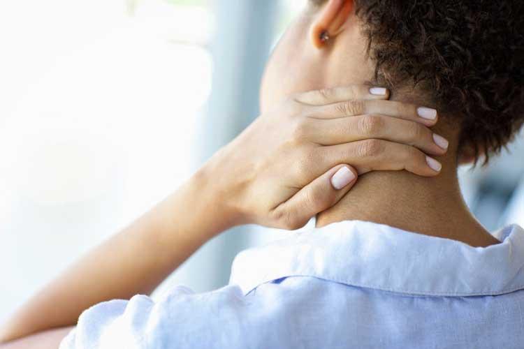 điều trị đau đầu sau gáy