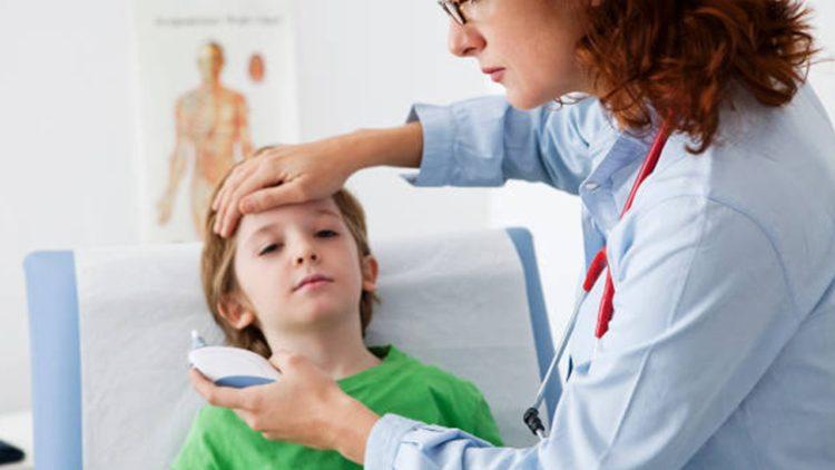 chữa trị sốt theo cách của bác sĩ