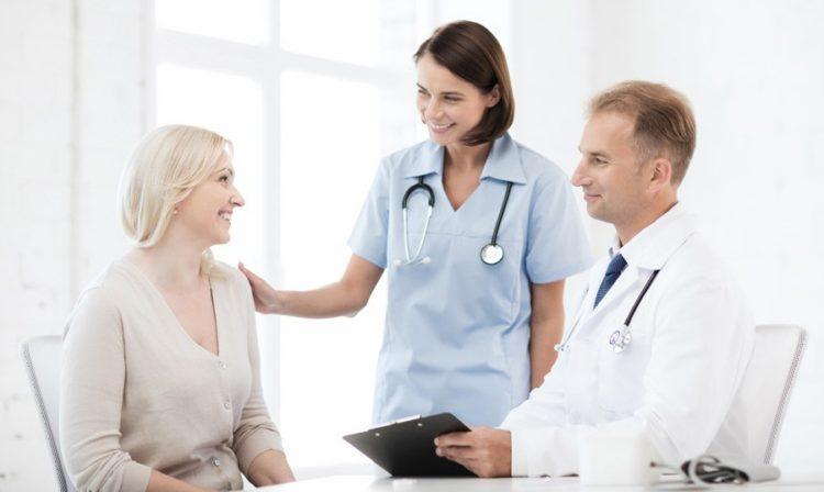 chăm sóc sức khỏe cẩn thận khi bị sốt