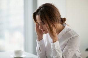 làm gì khi đau đầu, mệt mỏi