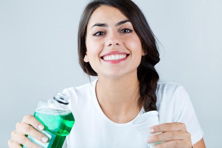 dùng oxy già để giảm đau răng