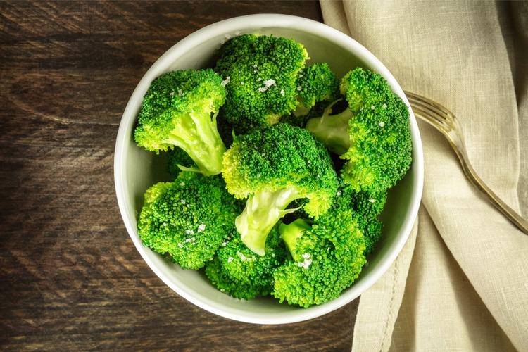 bông cải xanh chứa nhiều canxi tốt cho răng