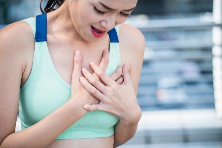 đau cơ vùng ngực
