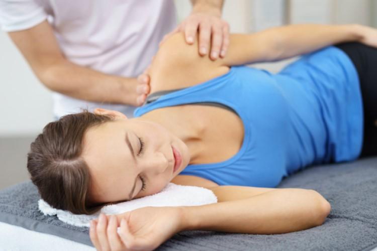 Điều trị đau cơ sau khi tập luyện sao cho hiệu quả?