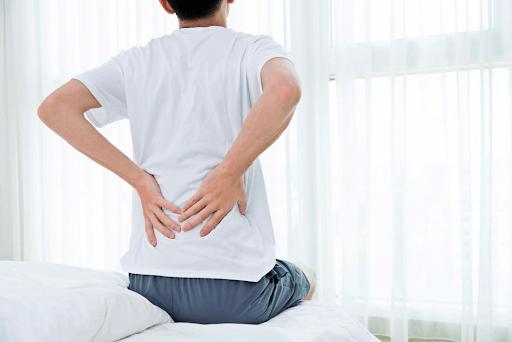 đau cơ lưng gây ảnh hưởng đến mông