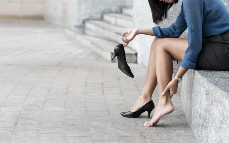 Mang giày phù hợp