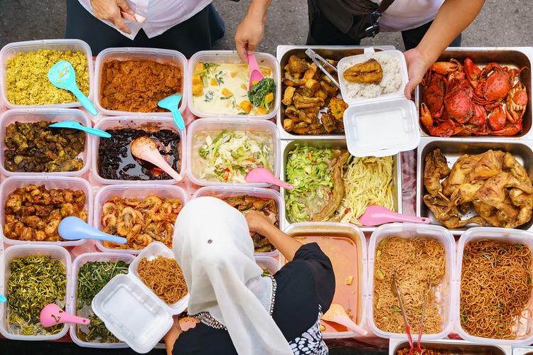 ăn uống kỹ lưỡng khi đi du lịch