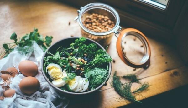 Thực phẩm cũng có ảnh hưởng đến các cơn đau đầu