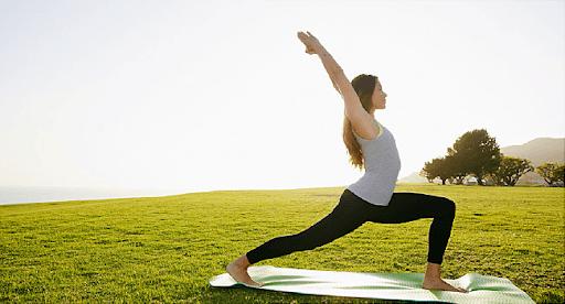 yoga giúp giảm đau tự nhiên