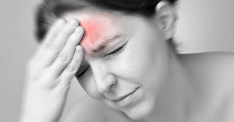 Đau đầu khi ngủ dậy là dấu hiệu không nên bỏ qua
