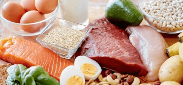 Bổ sung đầy đủ vitamin trong các bữa ăn của trẻ