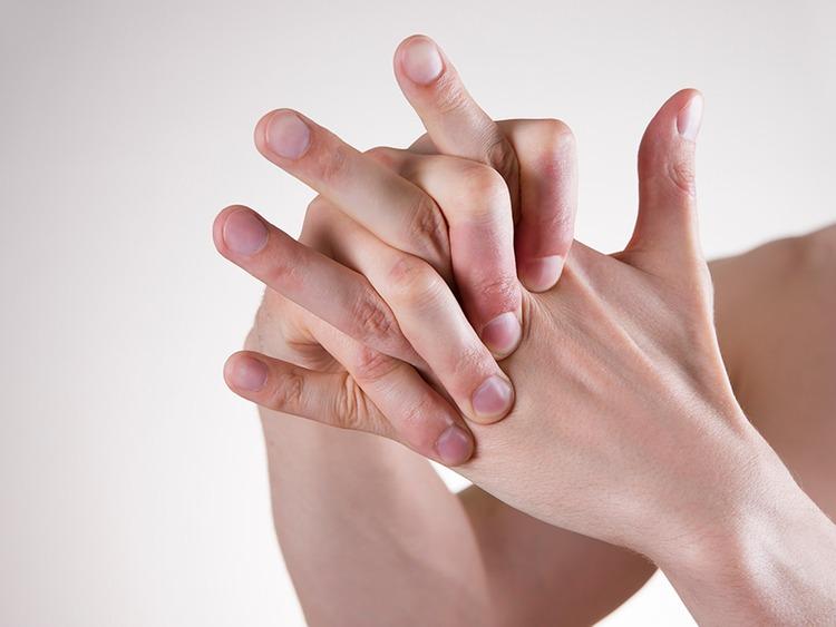 viêm khớp ngón tay ở người lớn