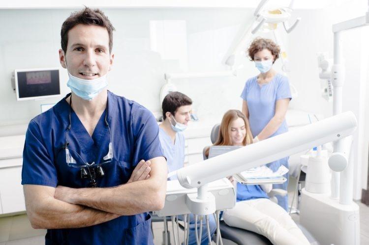 khám răng ở phòng khám nha