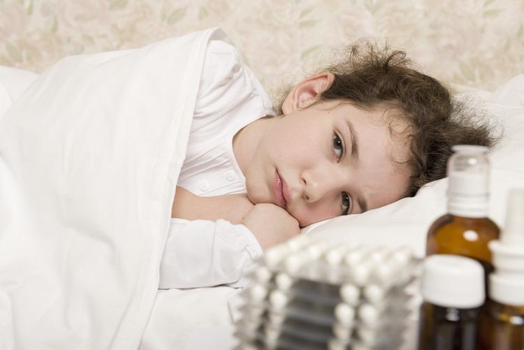 chăm sóc trẻ khi bị sốt siêu vi