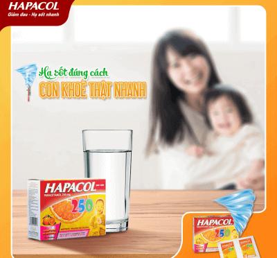 Hapacol 250 có hương vị cam thơm ngon, giúp bé hạ sốt nhanh, mẹ an tâm.