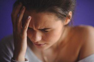 Lạm dụng thuốc giảm đau là nguyên nhân gây đau đầu