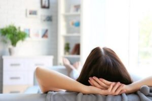 Cách làm giảm cơn đau nhức từ mông xuống bắp chân trái