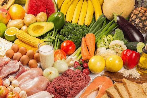 Dinh dưỡng đầy đủ giúp bé hạn chế bị nhiễm bệnh