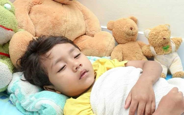 Người bị sốt xuất huyết giai đoạn đầu thường sốt cao nhiều ngày